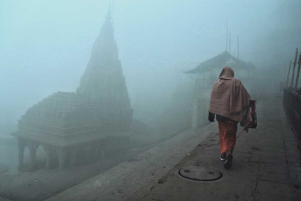 Leaning temple of varanasi Moody picture